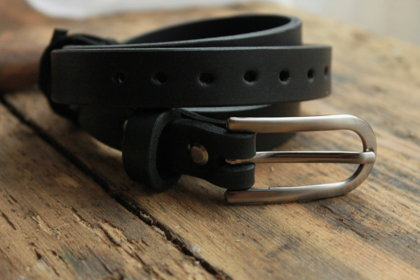 Leather belt. Black. 2cm