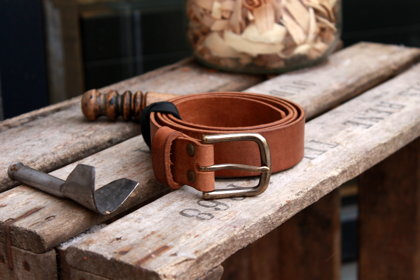Leather belt. Brown. 3.2 cm